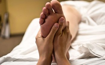 What are the benefits of foot massage