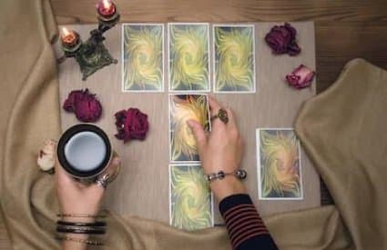 Learn how tarot cards are read